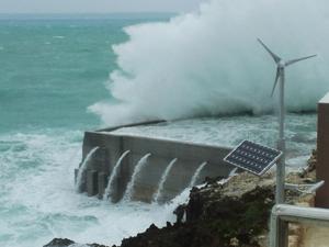 台風.jpgのサムネイル画像